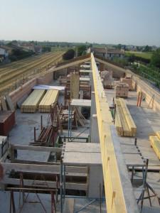 Montaggio tetto in legno nuova costruzione civile zanella costruzioni edili montebelluna treviso