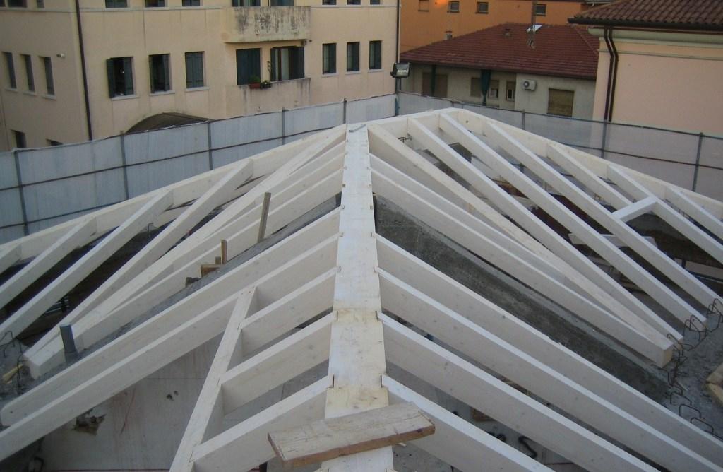 Rifacimento tetti coperture Impresa edile Costruzioni Zanella Montebelluna