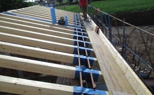 Travi legno nuova costruzione civile zanella costruzioni edili montebelluna treviso