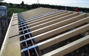 Travi tetto in legno nuova costruzione civile industriale zanella costruzioni edili montebelluna treviso