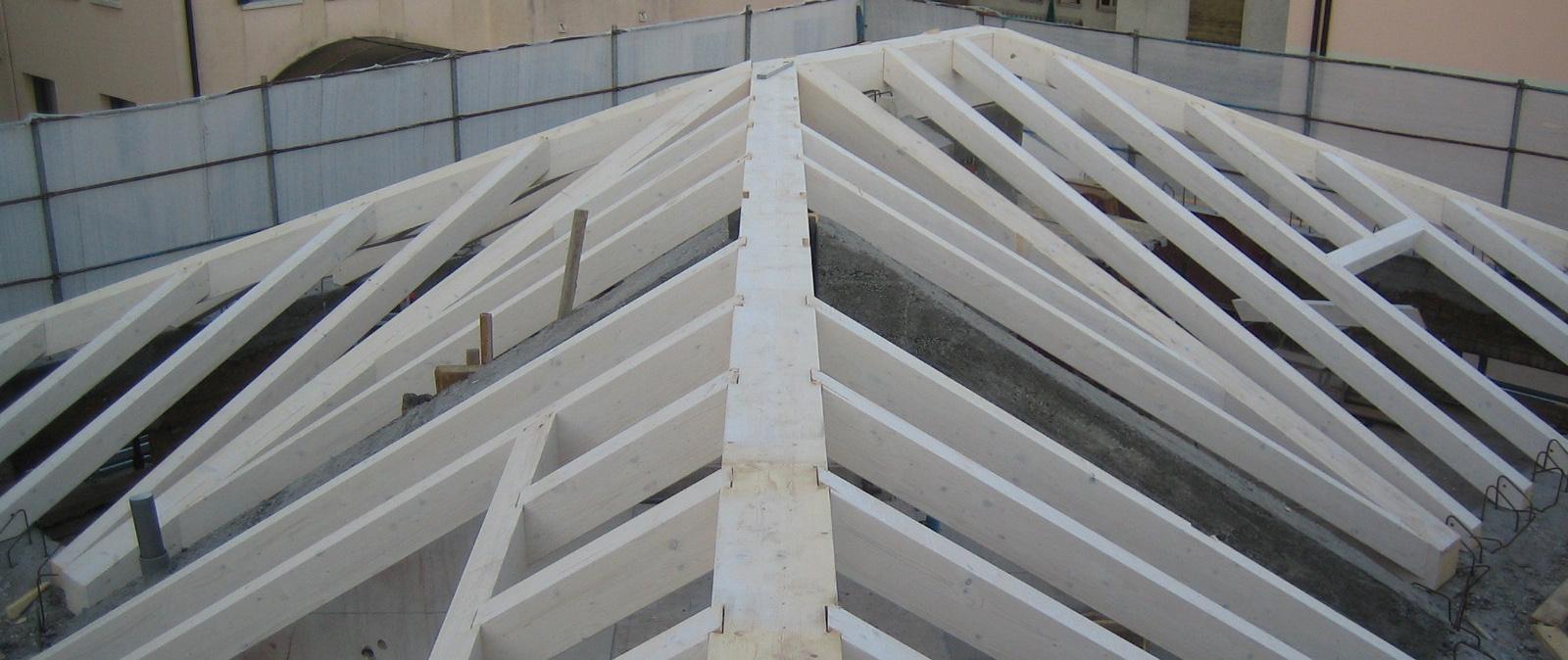 Costruzioni-edili-zanella-rifacimento-tetto-Montebelluna