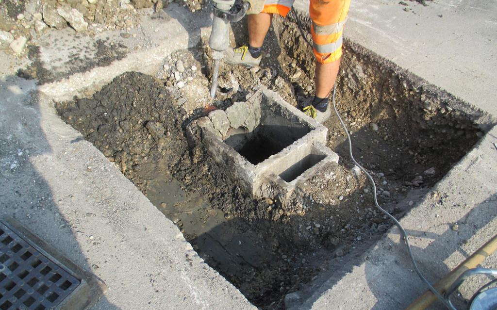 Opera di asfaltatura stradale - Zanella Costruzioni