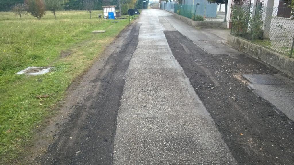 Lavori di asfaltatura stradale - Costruzioni edili Zanella